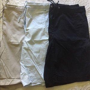 Bundle of 3 pairs of shorts